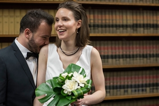 Haydar Baydoun and Lauren Mayer wed on March 9 at the Milwaukee County Courthouse. Photo by Jeffrey Phelps