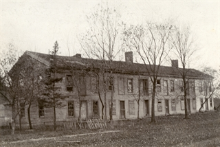 Ceresco commune members lived and dined in along house, designed to hold 20 to 30 families. Wisconsin Historical Society photo.